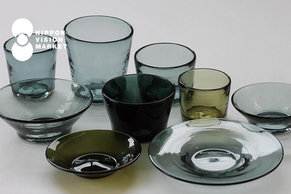 沖縄のガラス – 吹きガラス工房 彩砂のグラスと器 -
